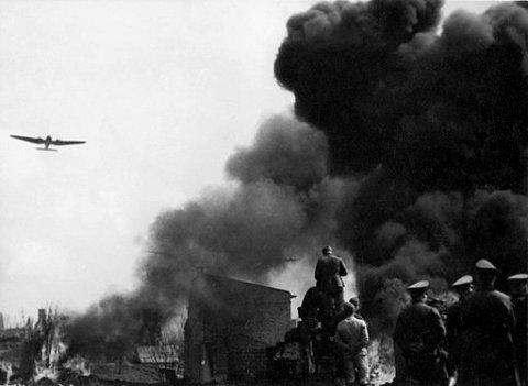 Invasão da Polônia por tropas alemãs em setembro de 1939. Foto: Wojskowa Agencja Fotograficzna.