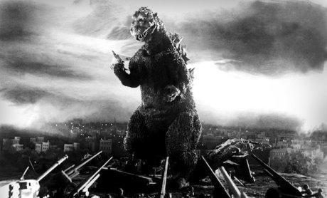 Cena do filme Godzilla (1954), produzido pela Toho
